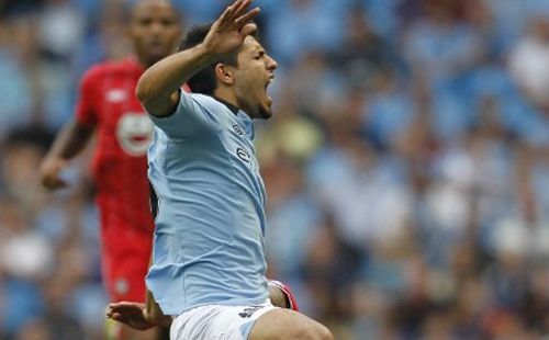 City striker Aguero ruled out for a month