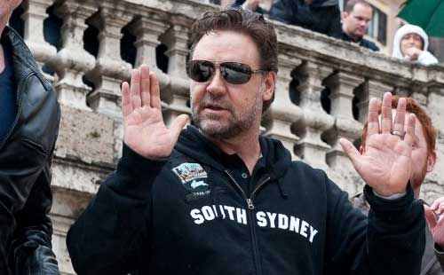 Russell Crowe 'to sell stake in Rabbitohs'