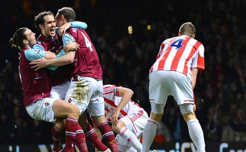 O'Brien rescues Hammers