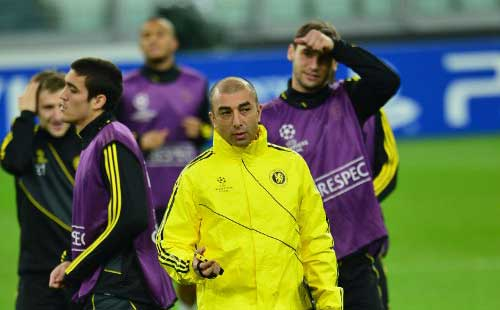 Chelsea sack Di Matteo after damaging defeat