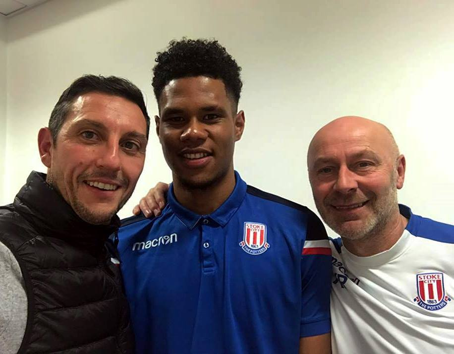 Gamel holds talks with Stoke City youngster